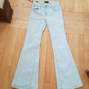 James Jeans 28 NWT New